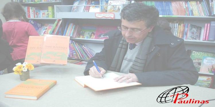 Fernando Rivas Rebaque en la presentacion del libro San Justino