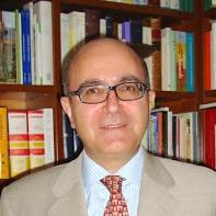 Rafael Lazacano autor del libro de Lutero firmara sus libro en la caseta 121 de paulinas