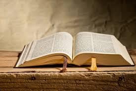 Septiembre mes de la biblia, Biblia abierta