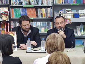 Jesus Sanchez Adalid durante la presentacion de su ulitmo libro los Baños del Pozo Azul