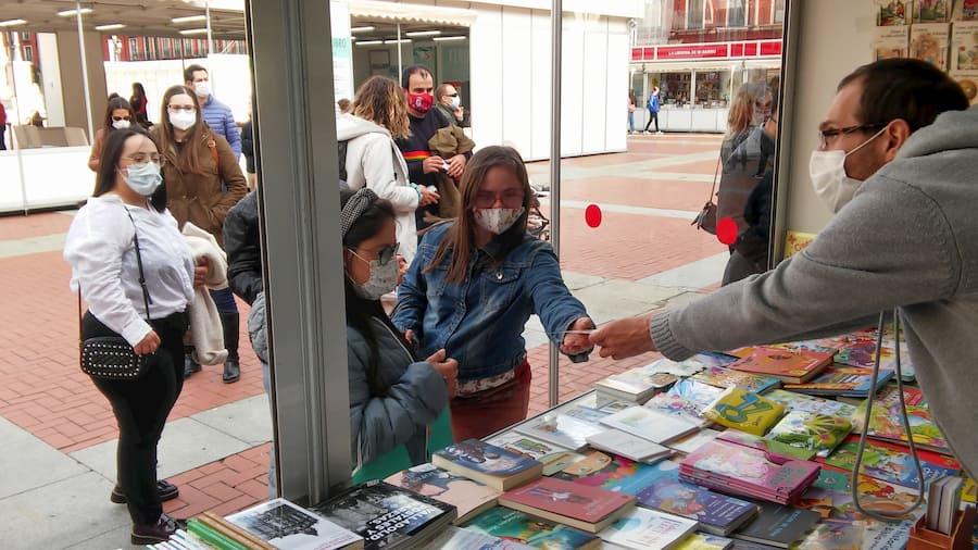 Feria Valladolid con gente