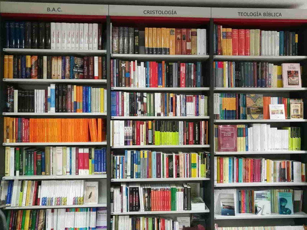 Esperanza en libros
