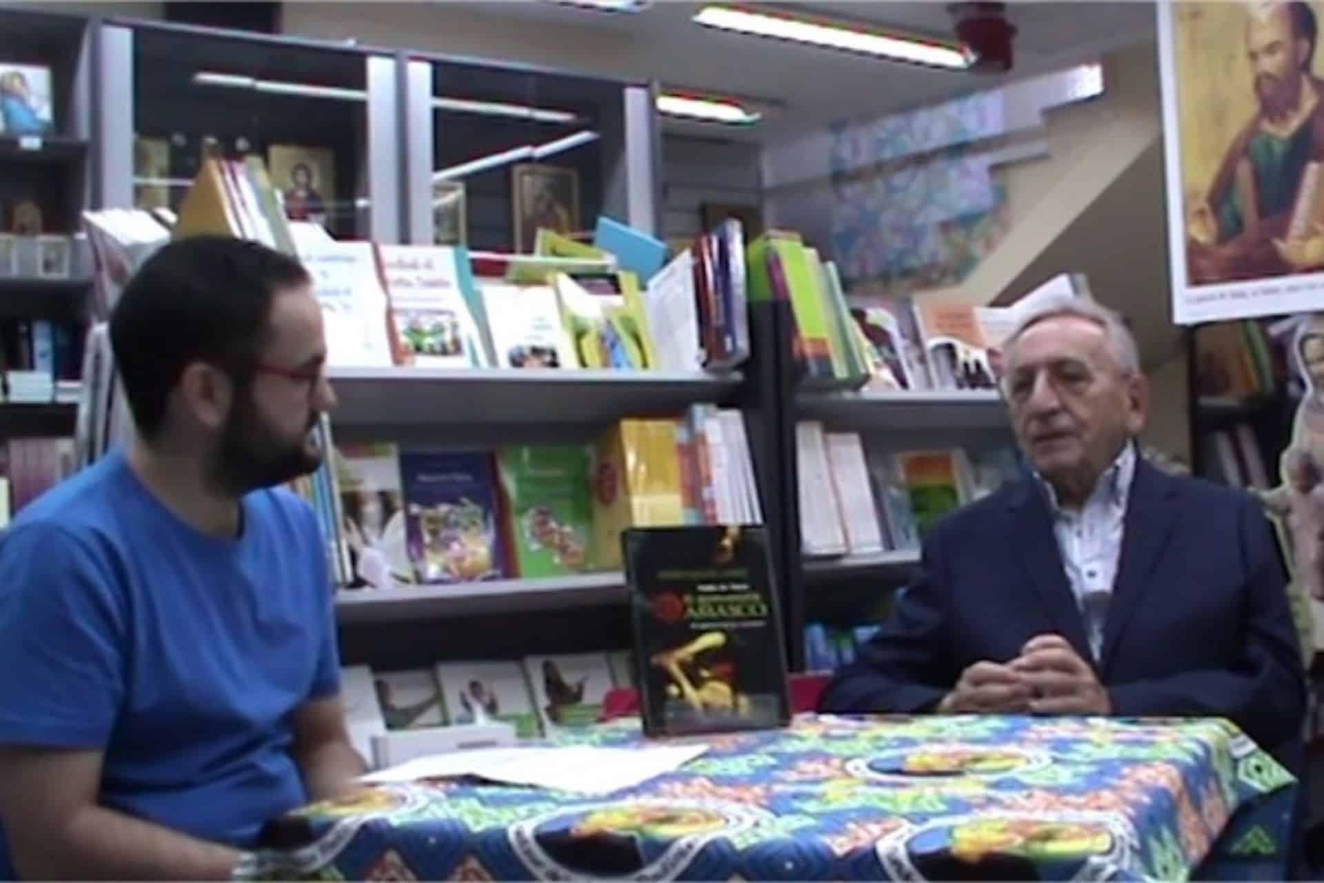 Cabecera Conversamos con Pedro Miguel Lamet